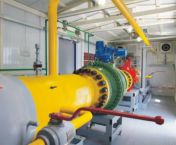 高压集气过程适用的天然气压缩机类型主要是往复式压缩机.图片